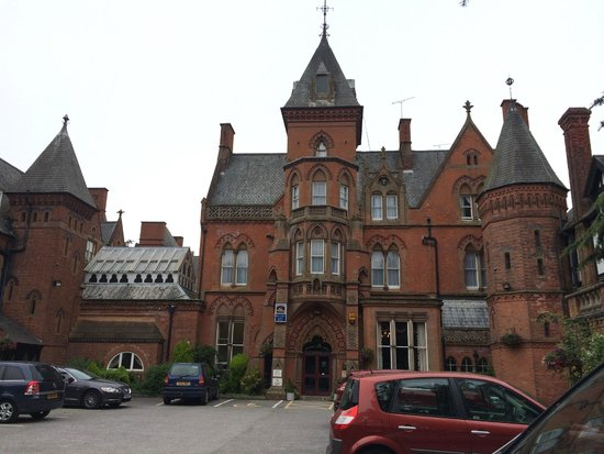 Best Western Bestwood Lodge Hotel: Looks lovely from outside, and inside the entrance