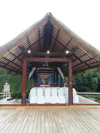 Four Seasons Resort Bali at Sayan: Jati Bar @ Four Seasons Bali