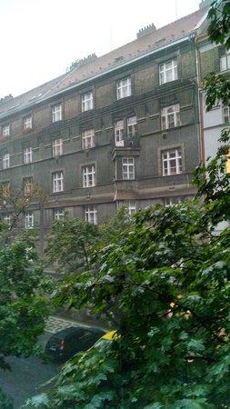 Alfa Tourist Service Hostel Svehlova: Vue de la chambre N°108