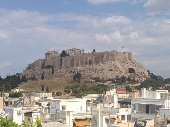 The Athens Gate Hotel: Acropolis view from the rooftop