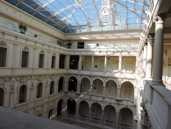 Boscolo Budapest, Autograph Collection: Courtyard ceiling