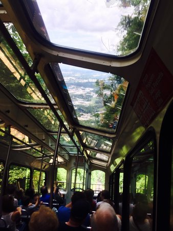 The Lookout Mountain Incline Railway: On the train