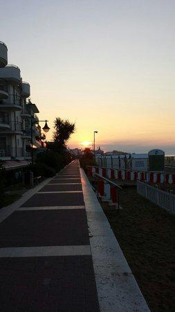 Hotel Bellevue: Sonnenaufgang