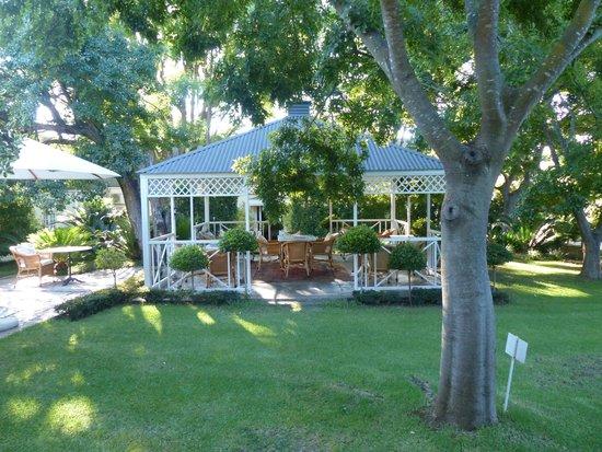 Rosenhof Country House : Blick auf Frühstücksbereich