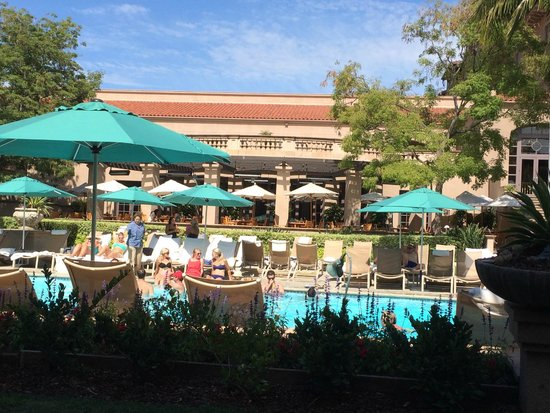 The Langham Huntington, Pasadena, Los Angeles: View from Lanai wing patio with Terrace restaurant on the other side of the pool