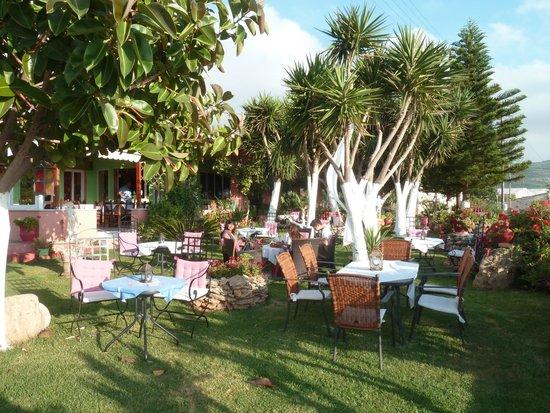 taverna vassilis katse kala salon de jardin en fer forg - Salon De Jardin Fer