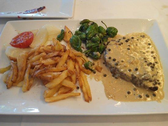 Restaurante Amar : solomilla a la pimienta verde, exquisito