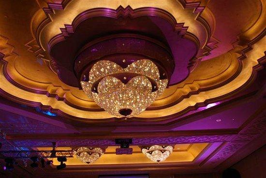 Emirates Palace: glorious interior design with amazing lighting.