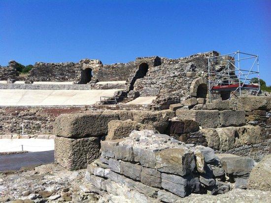 Conjunto Arqueológico Baelo Claudia: Anfiteatro