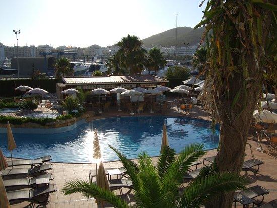 Catalonia Ses Estaques: Pool View