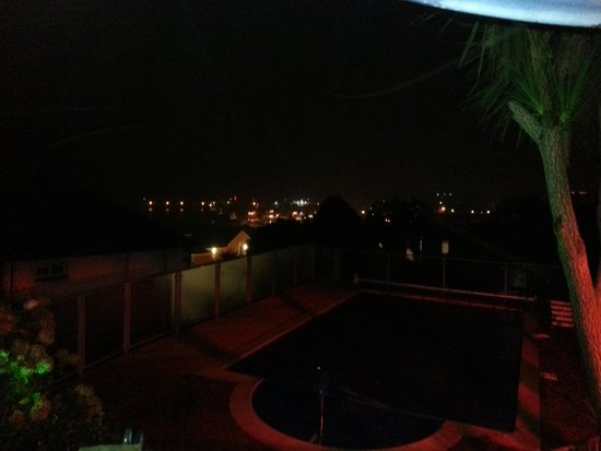 Hotel Penzance: Night time lights!