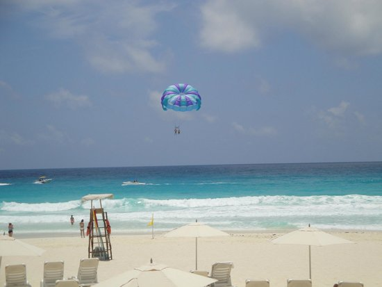 Live Aqua Beach Resort Cancun: VIEW FROM CABANA