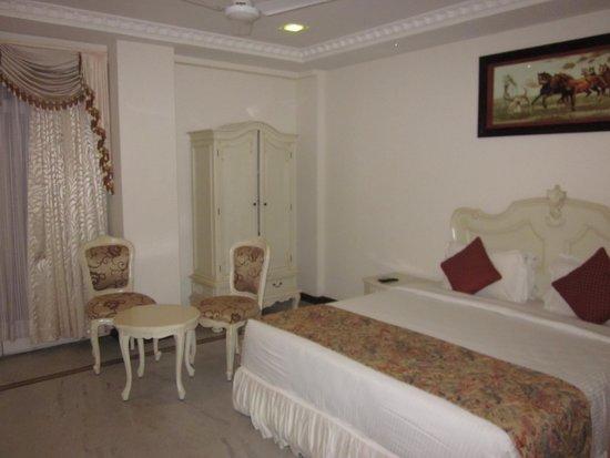 Le Royal Park : Schlafzimmer