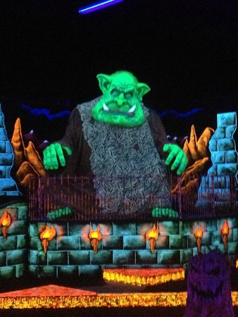 Monster Mini Golf : One of the monsters in the mini golf course