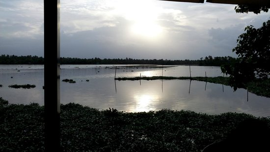 Vasundhara Sarovar Premiere: Sunset from foreground of Chayakada
