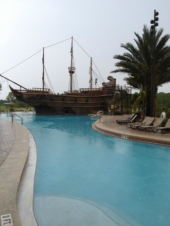 Lake Buena Vista Resort Village & Spa: Pirate pool..smaller than it looks
