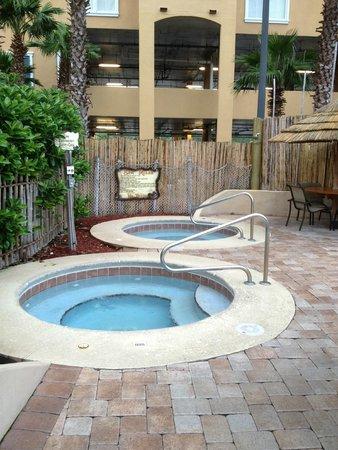 Lake Buena Vista Resort Village & Spa: Hot Tubs