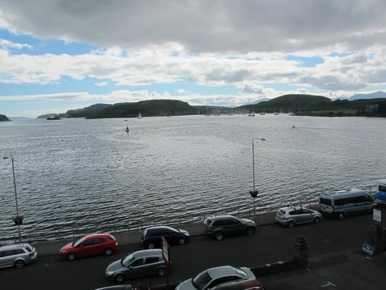 Glenburnie House : View of the bay at Oban from our room at the Glenburnie Guest House