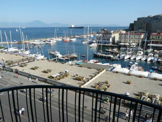 Grand Hotel Vesuvio: vue du balcon