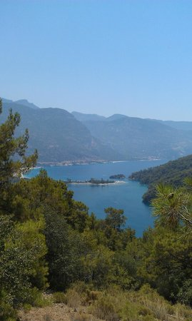 Oludeniz : Beautiful view! Value commit uphill to see it.