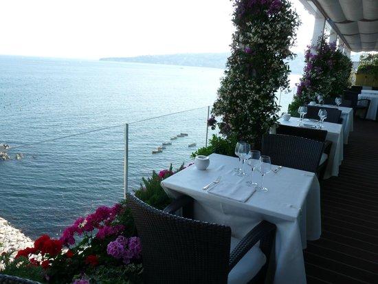 Grand Hotel Vesuvio: restaurant