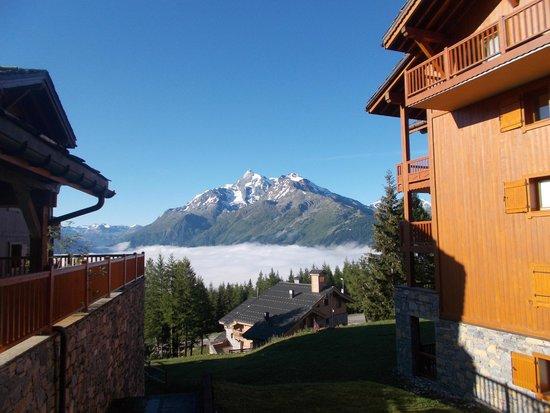 Residence CGH les Cimes Blanches - La Rosiere 1850: vu sur les montagnes