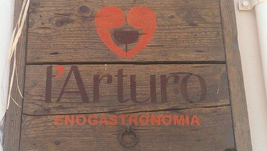 L' Arturo Enogastronomia : Tabella esterna