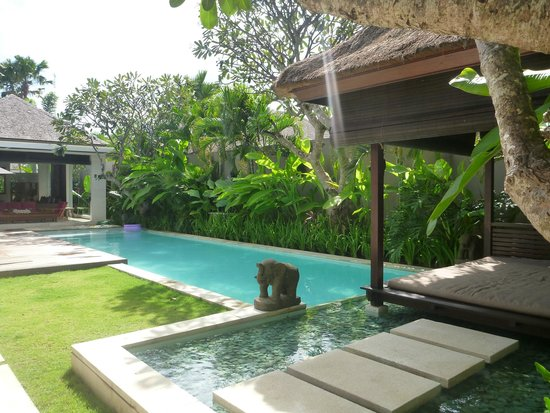 Chandra Luxury Villas Bali: Villa pool