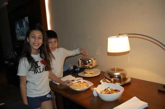 Arakur Ushuaia Resort & Spa: Room Service