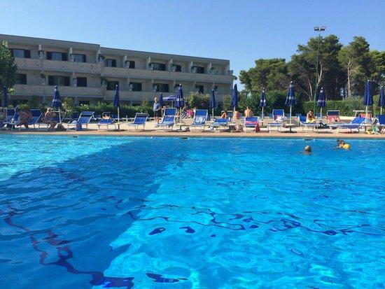 Bravo Daniela : piscina