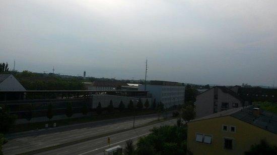 B&B Hotel Regensburg: Aussicht aus dem Fenster