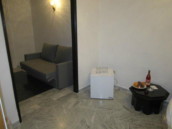 Marhaba Beach Hotel: chambre, entrée