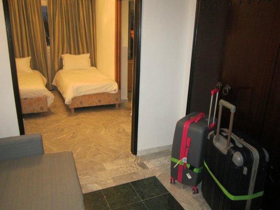 Marhaba Beach Hotel: chambre enfants