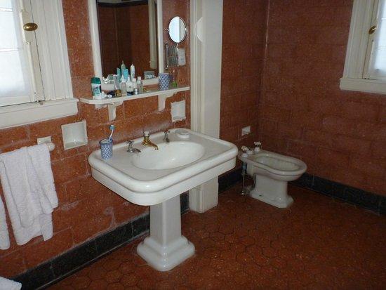 "Estancia San Ambrosio: The ""period"" bathroom."