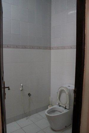 Hakuna Shida Guesthouse: Ванная комната