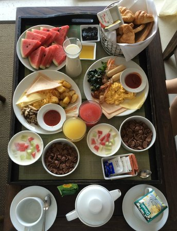 Sunsuri Phuket: In-room breakfast spread