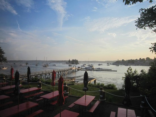 The Lobster Dock : Restaurant view