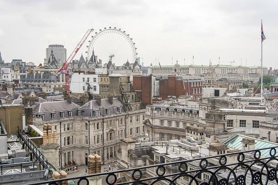The Trafalgar Hotel: view from rooftop bar 1