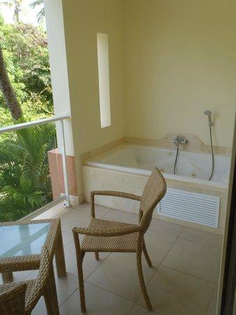 Secrets Royal Beach Punta Cana: Balcony