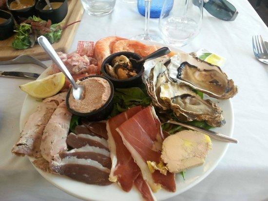 Brasserie Du Roc : Assiette terre et mer