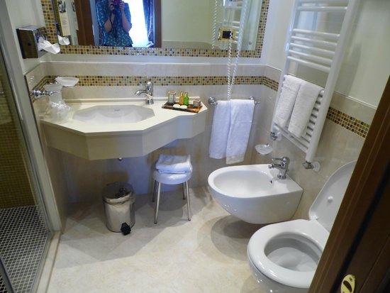 Ai Mori d'Oriente Hotel: Bathroom
