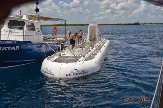 Cozumel Submarine Tour Reviews