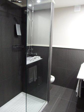 Hotel Pax: cuarto de baño