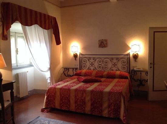 Hotel San Michele : la camera matrimoniale