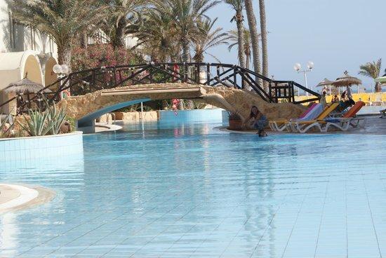Club Marmara Dahlia : piscine