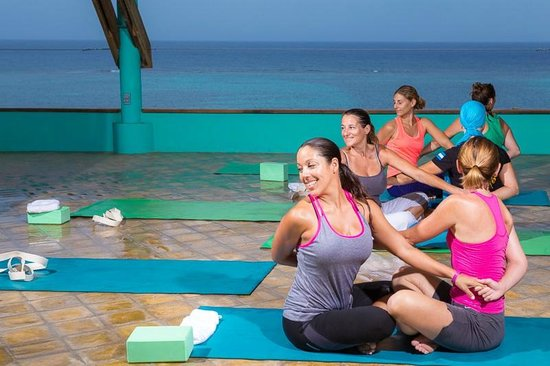 Tranquilseas Eco Lodge and Dive Center: spacious Yoga floor