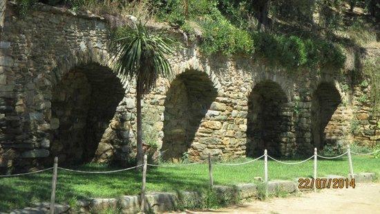 Meryemana (The Virgin Mary's House): A proximité de la citerne