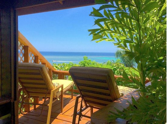 Tranquilseas Eco Lodge and Dive Center: great ocean views