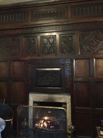 Beck Hall Malham: Beck Hall lounge fireplace