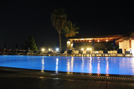 Princess Sun Hotel: Swimming pool